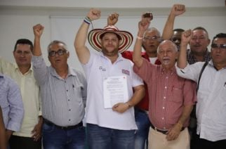 Benítez selló pacto con la Central Unitaria de Trabajadores C.U.T