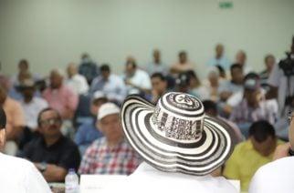 """La Gobernación debe ser la incubadora de empresas"": Benítez durante foro con sector agropecuario"
