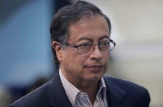 Periodistas y exfiscal denunciarán a Gustavo Petro por injuria y calumnia
