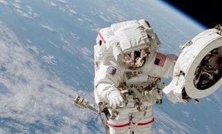 Mujeres harán caminata espacial por primera vez sin compañía de un hombre