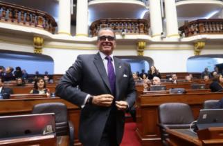 """Presidente del Congreso peruano: """"Disolución del legislativo es un golpe de Estado"""""""
