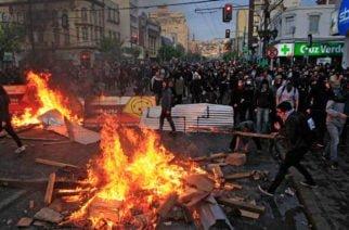 Muertos en protestas de Chile se ubican en 15, entre ellos hay dos colombianos