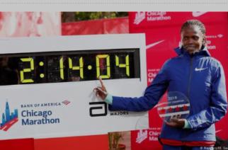 Ahora en femenino: Keniana también rompió récord en maratón