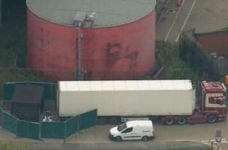 Localizan 39 cadáveres dentro de un camión en Reino Unido