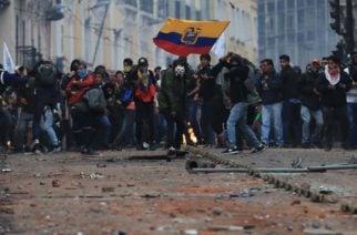 """""""Somos un país con un pueblo vago"""": La otra cara de lo que opinan los ecuatorianos en torno al revuelo social en el país"""