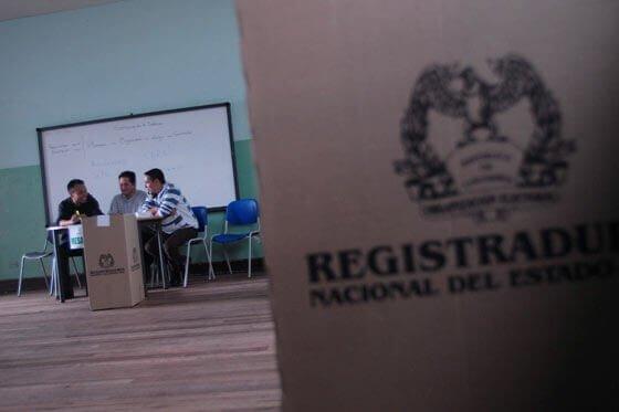 Alertan por falsas notificaciones para ser jurado de votación