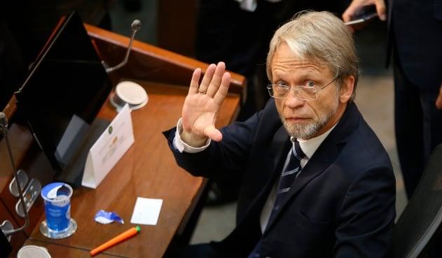 Antanas Mockus se alejará de la política