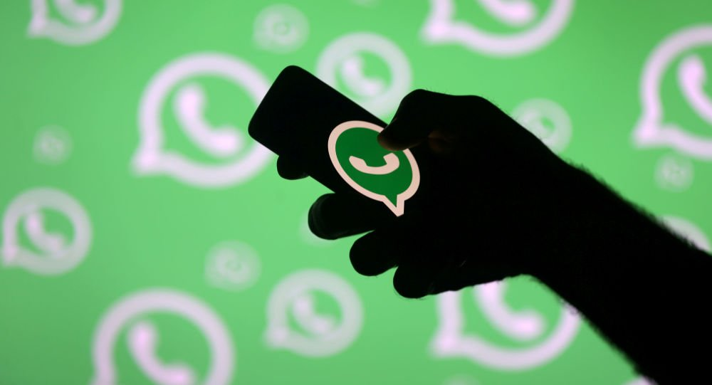 la nueva función de WhatsApp le permite saber si alguna persona está intentando suplantar su cuenta.