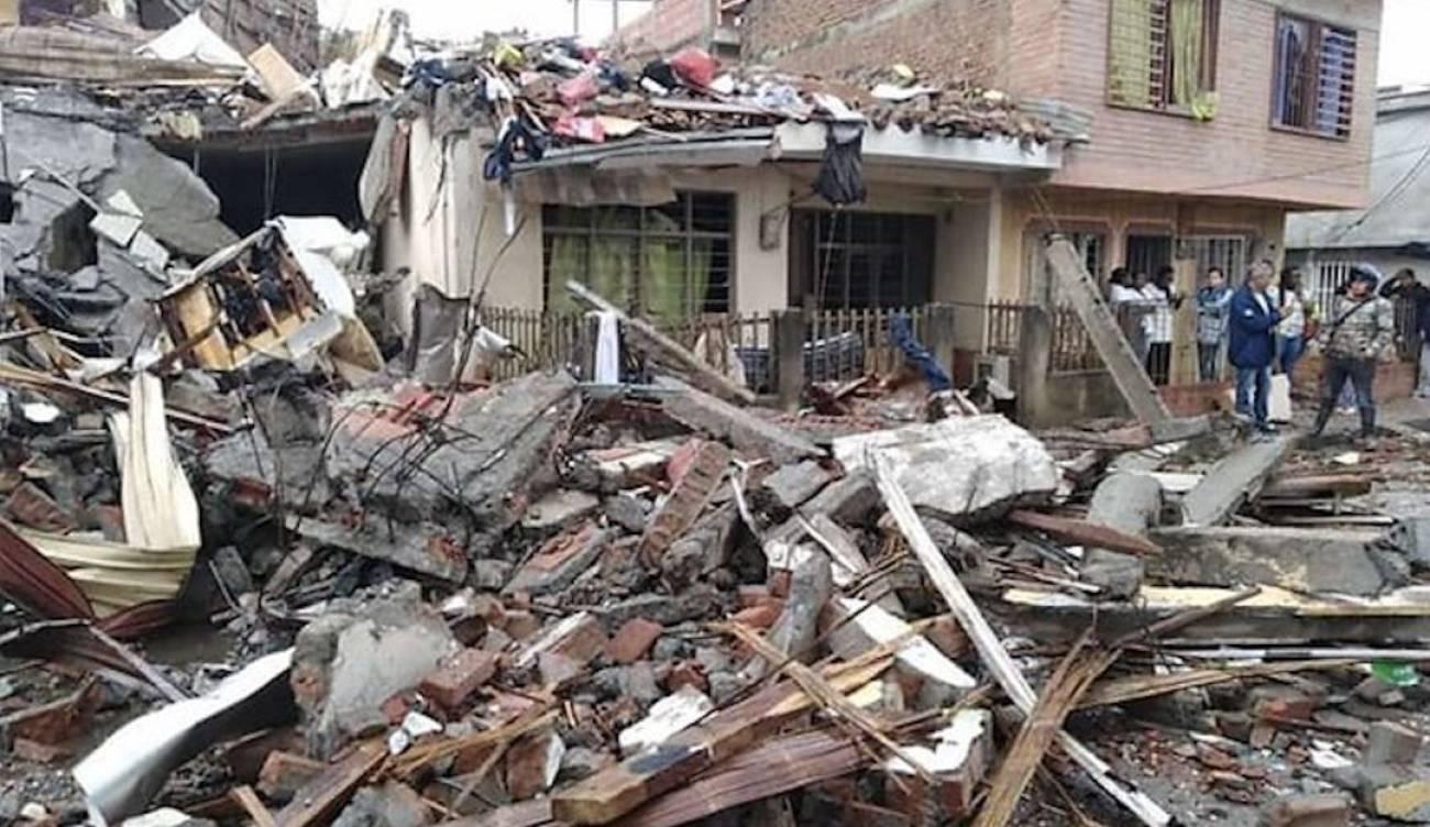 Escombros que dejó el atentado contra estación de policía en Santander de Quilichao.