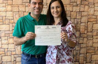 Carlos Gómez recibió su credencial como diputado de Córdoba