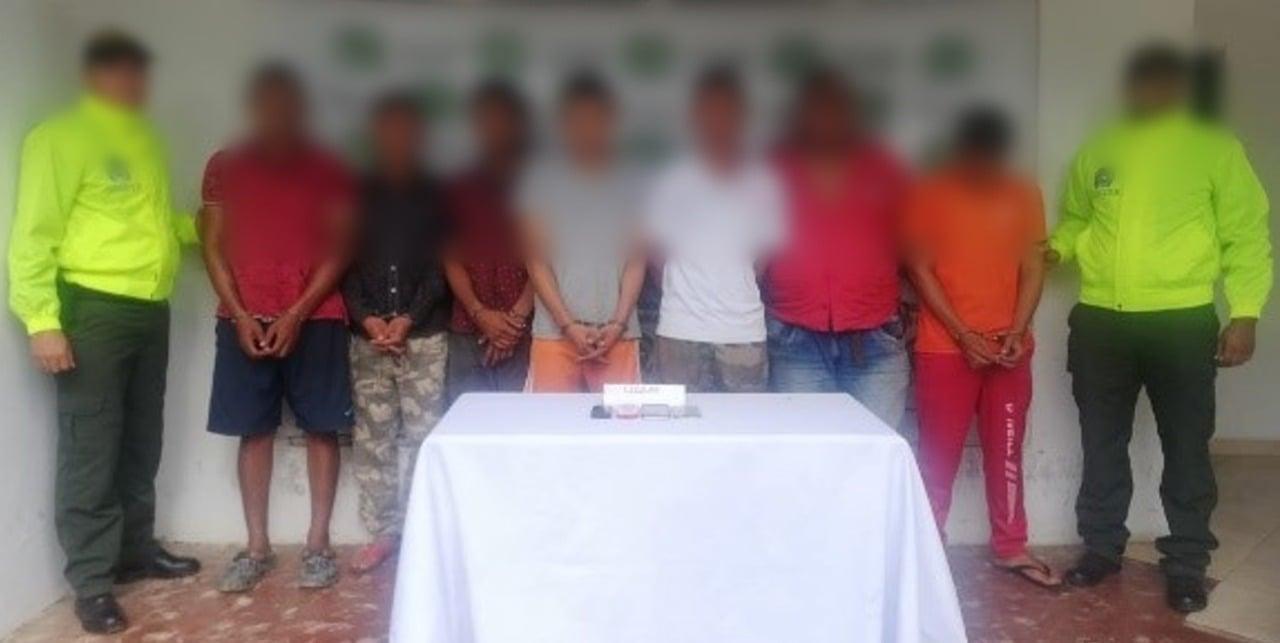 La identidad de los siete sujetos no ha sido revelada por las autoridades.