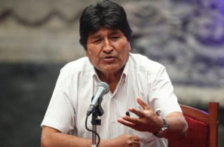 Morales propone reunión nacional como única salida a crisis en Bolivia
