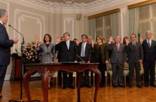 Duque se rodea de féminas: nuevo gabinete tiene nueve mujeres y ocho hombres