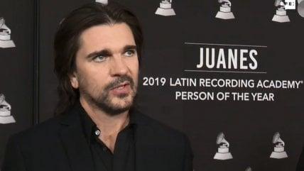 Estos fueron los artistas que elogiaron a Juanes cantando varios de sus temas en los Grammy Latinos