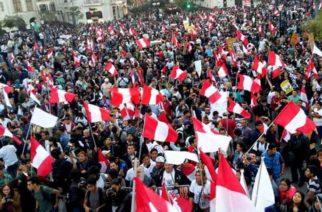 Perú se suma a protestas en Suramérica y paralizaría su sector público