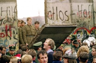 Hoy Alemania celebra 30 años desde la caída del muro de Berlín