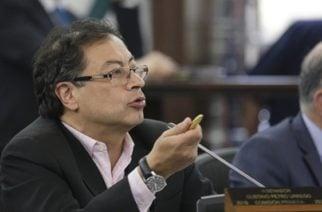 """Petro denuncia 314 """"asesinatos"""" de menores por acción armada directa del Estado"""