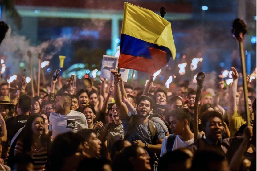 Radican proyecto para regular marchas y aplicar normas a manifestantes y autoridades