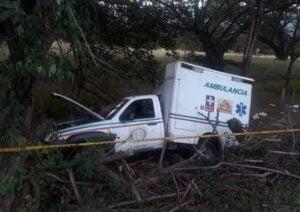 Muertes en Cesar: Ambulancia se estrella y muere una niña paciente, su madre y la enfermera