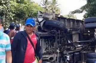 Tres heridos dejó accidente entre dos camiones en San Bernardo del Viento