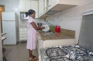 Aquí le decimos cuánto debe pagar de prima a la empleada doméstica