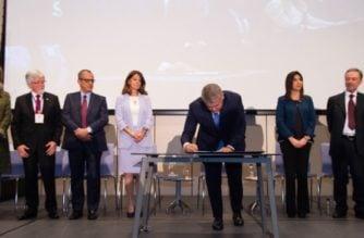 Firman decreto que da vida al Ministerio de Ciencia, Tecnología e Innovación