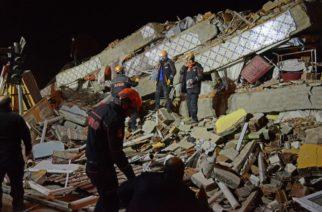 Alarma en Turquía: Terremoto ha dejado 21 muertos y más de mil heridos