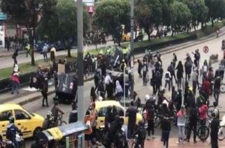 Comenzaron los disturbios en la marcha de Bogotá: Cinco policías y una mujer resultaron heridos