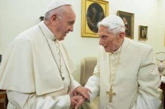 Benedicto XVI rechaza la idea del Papa de ordenar sacerdotes a hombres casados