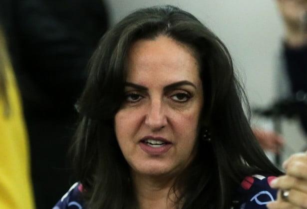 En Bogotá le cayeron a insultos a la senadora María Fernanda Cabal - Diario  La Piragua